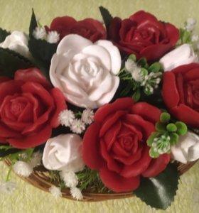 Букет из мыла ручной работы Розы в корзиночке