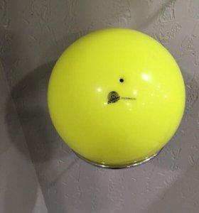 Мяч для занятий по художественной гимнастике