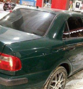 Mitsubishi Carisma, 2000