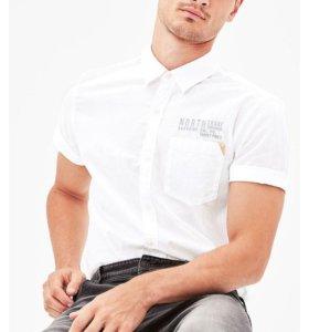 Белая рубашка бренда S.OLIVER.
