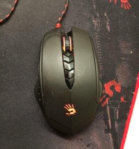 Мышка bloody v8
