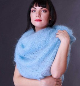Оренбургский пуховый платок новый голубой