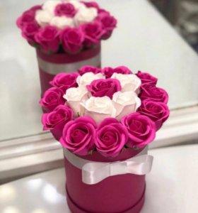 Букет-коробочка 21 мыльная роза