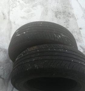 Продам шины 215/60 R16 30%износ