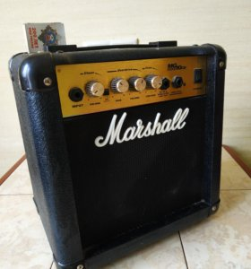 Комбоусилитель (Комбик) Marshall MG 10 CD