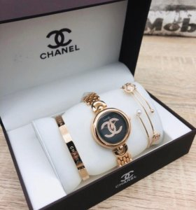 Часы с браслетами от Chanel