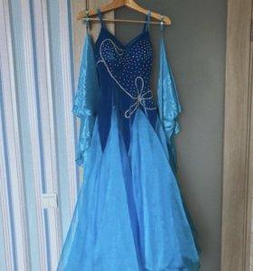 Платье для девочки на праздник аренда