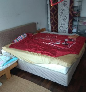 Кровать двуспальная и детская