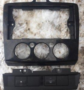 Рамка панель магнитолы на форд фокус 2