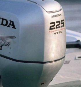 Лодочный мотор HONDA BF 225