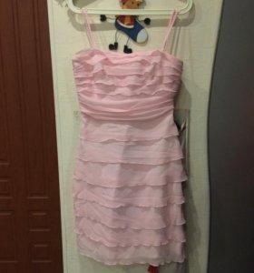 Платье коктельное нежно-розовое