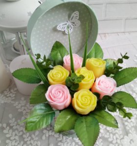 Букет из мыльных неувядающих роз