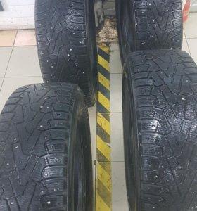 Pirelli Ice Zero 215/70 R16 / 4 колеса
