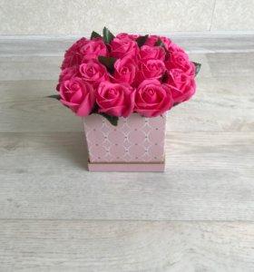 Невядающие мыльные розы