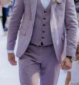 Мужской костюм тройка.
