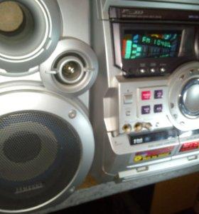 SAMSUNG MAX-ZB 550