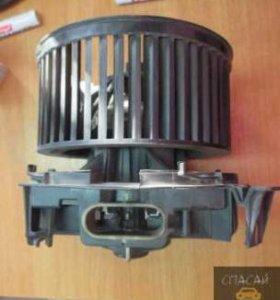 Моторчик печки Nissan Note (E11)
