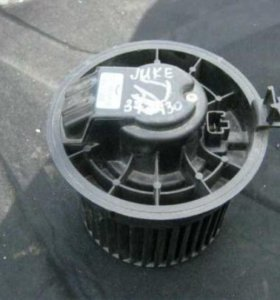 Моторчик печки Nissan Juke (F15)