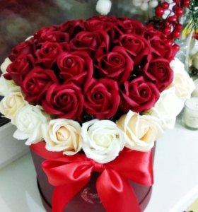 Шикарный Большой букет из 39 мыльных роз