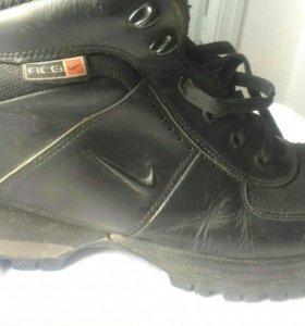 Кроссовки Nike 42.5