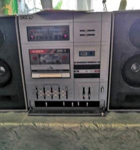 Кассетный магнитофон Комета 225 с-2