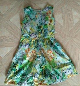 Крпсивое платье для девочки.