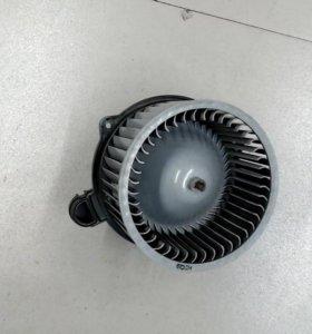 Мотор отопителя kia cerato,kia ceed 13> 971133X000