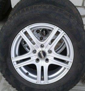 Продам летние колёса на литых дисках