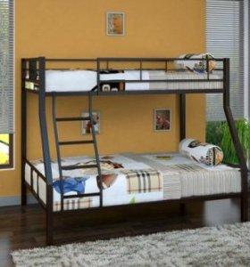 Металлическая двухъярусная кровать новая