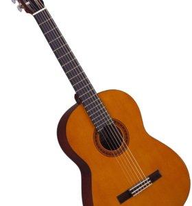 Продам гитару Yamaha C40, акустика