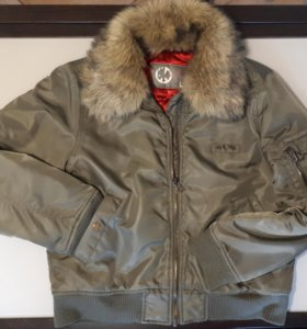 Куртка Пилот женская фирмы LOFT осень-зима