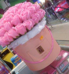 Огромный букет из мыльных роз