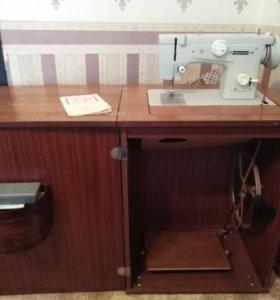 Швейная машинка Подольск -132