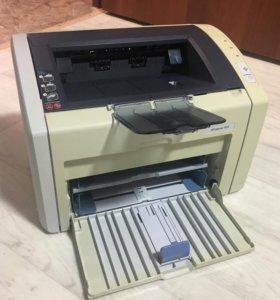 Принтер HP LJ 1022