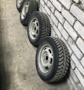 Продам зимние колёса 13 радиуса!