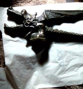 Орехокол-открывашка дракон