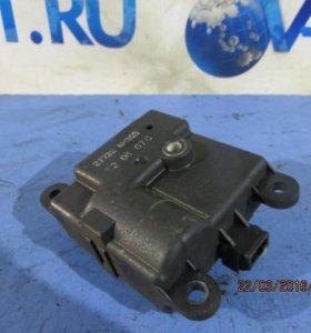 Моторчик заслонки печки Nissan Qashqai 07-13 б/у