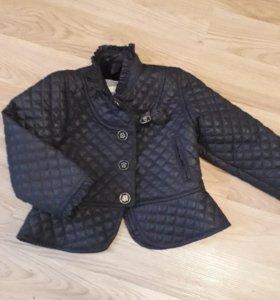 Стильная курточка на весну