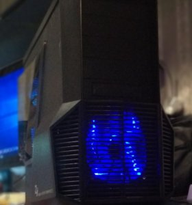 Intel Core i5-4570/8/480SSD/GTX 660Ti/1050W/ Z11