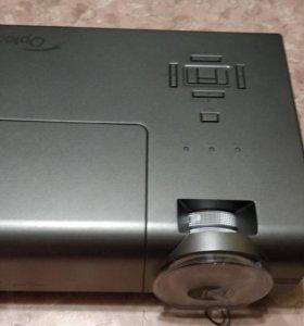 Новый Профессиональный проектор crestron