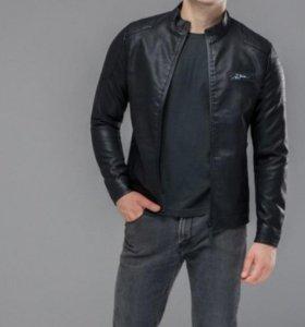 Куртка мужская из эко кожи размер L