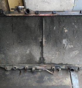 Радиатор охлаждения двигателя на 4s-fe