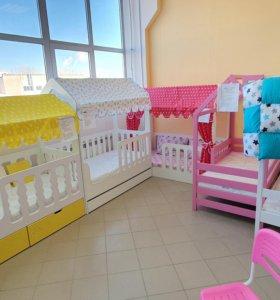 Детская кровать домик с ящиками