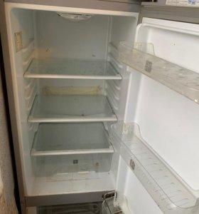 Холодильник небольшой