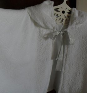 Накидка свадебная с капюшоном.