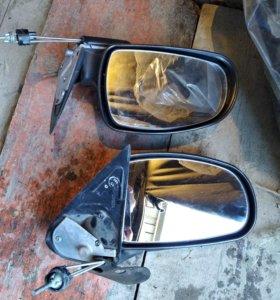 Сломанные зеркала на калину.