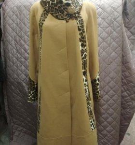Женское новое пальто (48-58).
