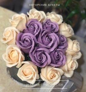 Авторские букеты из роз на мыльной основе
