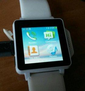Телефон-часы Explay N1