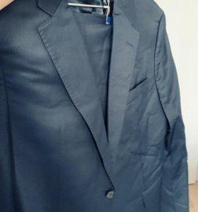 Костюм мужской cacharel и Zara 48 размер